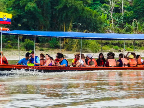 Full Day to Walk in Canoe and Visit Waterfalls in the Jungle
