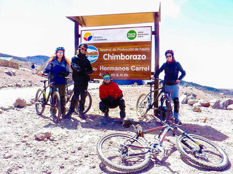 Bike Tour from Chimborazo to Salinas