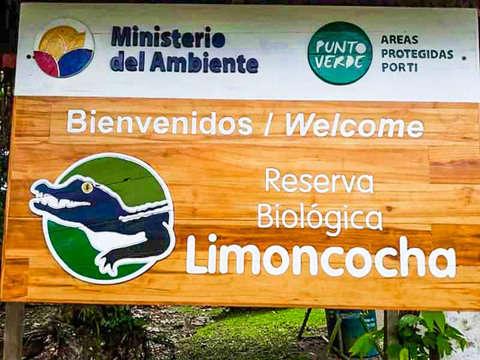 4d/3n Excursión en Limoncocha, el Hábitat del Caiman Negro