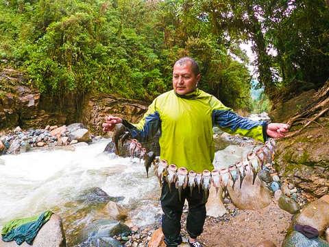 Full Day Pesca en Baños de Agua Santa