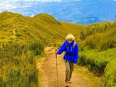 Full Day Excursión Al Volcán Ruco y Teleférico en Quito
