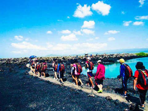 5d / 4n Excursion and Snorkeling in Galapagos